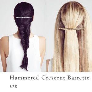 c+i Hammered Crescent Barrette H024-SH/GH